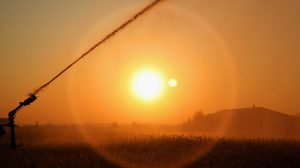 กรมอุตุฯ แจงกรณีโซเชียลแชร์ข่าวเกิด 'คลื่นความร้อน' อันตรายถึงตายในไทย