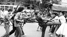 ชวนชม 'ประชาชนนอก' หนัง 6 ตุลา ที่ถูกแบน (วันที่ 28 ธ.ค. นี้ ที่หอศิลป์กรุงเทพฯ)