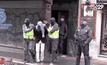 ตำรวจสเปนบุกจับผู้ต้องสงสัยก่อเหตุไม่สงบ