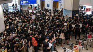 สนามบินฮ่องกงวิกฤต ประกาศระงับการ Check-in ทุกสายการบินชั่วคราว