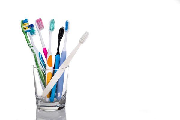แก้วใส่แปรงสีฟัน