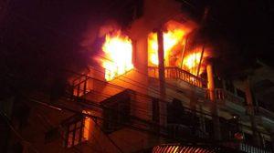 ไฟไหม้ร้านค้าส่งตลาดเทศบาลนครแม่สอด 4 คูหาวอด เสียหายกว่า 30 ล้าน