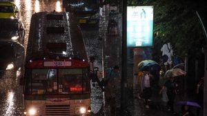 ทั่วไทยยังมีฝนตกต่อเนื่อง และตกหนักบางแห่ง