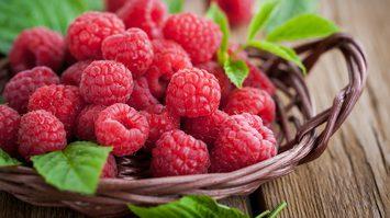 10 ผักผลไม้สีแดง มีสารต้านโรคมะเร็ง ช่วยลดความดันโลหิตสูงได้อีกด้วย!!