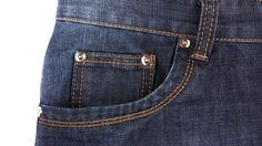 หายข้องใจ! ซอกกระเป๋าเล็กๆ ใน กางเกงยีนส์ มีไว้เพื่อ?