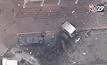 รถขยะตกสะพานในสหรัฐฯ คนขับรอดปาฏิหารย์
