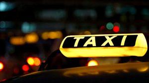 รัฐบาลปิ๊งไอเดีย จ่อทำแท็กซี่ OK-VIP ติดเครื่องสแกนคนขับ ปุ่มแจ้งเหตุฉุกเฉิน
