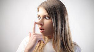 คำว่า โกหก หลอกลวง ภาษาอังกฤษพูดว่าอย่างไร เรียนรู้คำศัพท์จากข่าวดัง