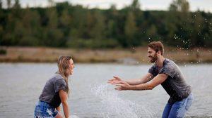 5 วิธีสร้างเสน่ห์ให้คนหลงรัก - วิถีทางมัดใจคนรักอย่างถูกวิธี