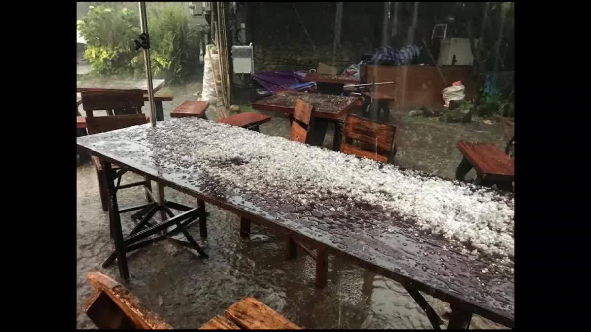 พายุลูกเห็บตกหนักบนดอยอินทนนท์-ดอยเต่า