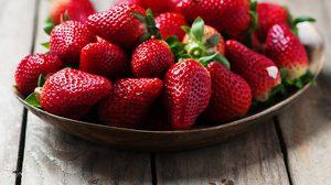 7 ผลไม้สีแดง มีสารต้านอนุมูลอิสระสูง ช่วยป้องกันโรคมะเร็งได้!!