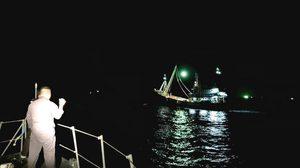 รอดปาฎิหาริย์! ลูกเรือเมียนมาพลัดตกทะเล ทร.1 ระดมหาจนเจอ หลังลอยคอทั้งคืน
