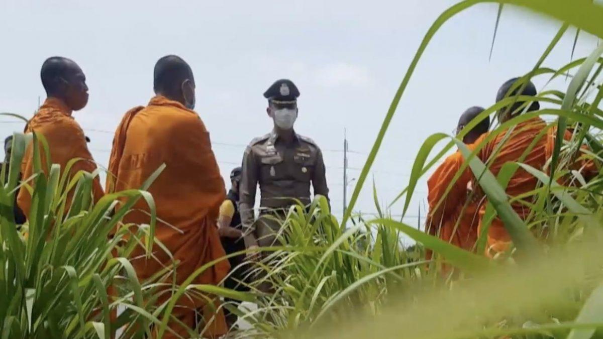 จับพระสงฆ์ชาวกัมพูชาลักลอบเข้าไทยเรี่ยไร่เงิน