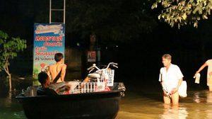 น้ำท่วมขอนแก่นยังวิกฤติ หลายหมู่บ้านที่อยู่ริมแม่น้ำพองจม