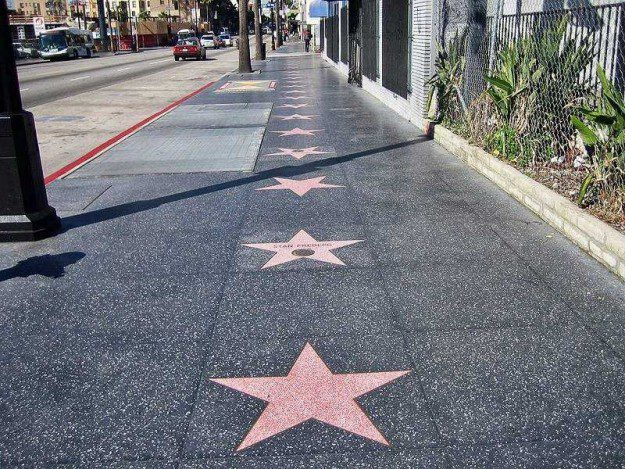 16-hollywood-walk-of-fame