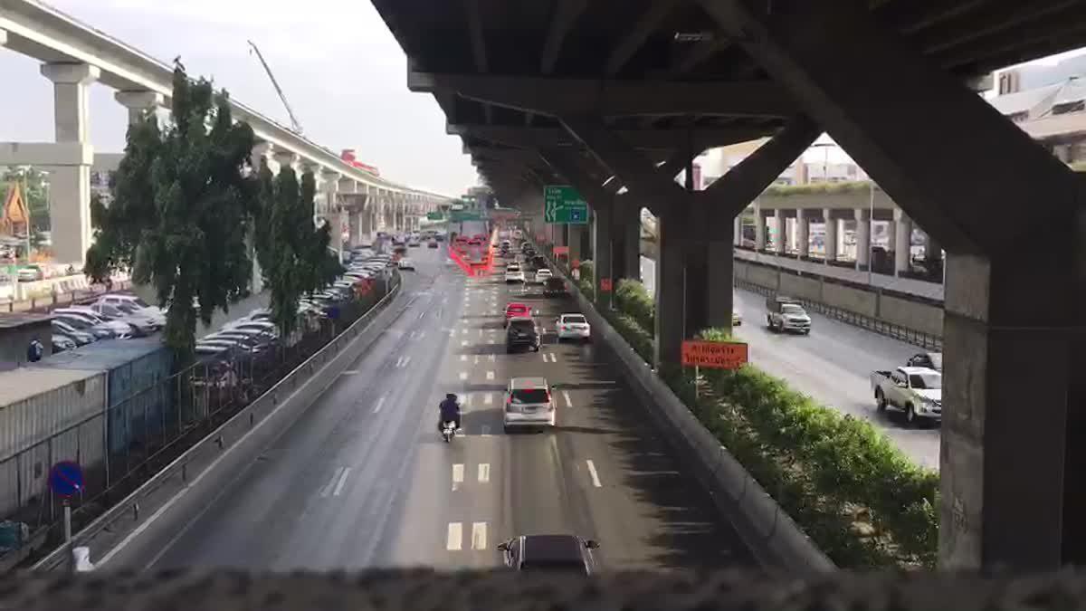 ปิดสะพานทางเข้าท่าอากาศยานดอนเมือง
