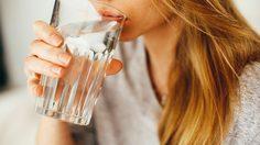 วิธีเตือนตัวเองให้ดื่มน้ำ