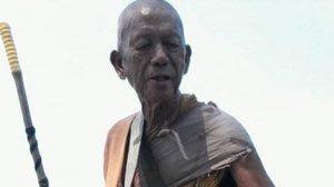 แชร์ว่อน! เรื่องราวพระธุดงค์ เดินเท้าจากหนองคายมุ่งหน้าชลบุรี