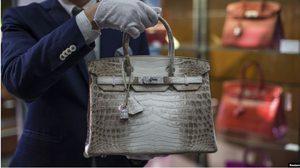 คุ้มค่าที่ลงทุน?! สถิติใหม่ของการประมูล กระเป๋า Hermès ซื้อบ้านหลังนึงได้สบายๆ