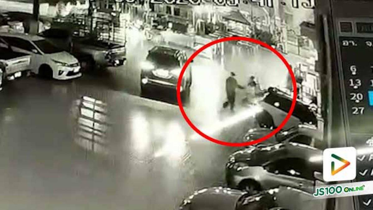 คนขับฟอร์จูนเนอร์ใช้ปืนยิงศีรษะหญิงสาว เสียชีวิต ภายในลานจอดวัดนิมมานรดี ก่อนหลบหนี
