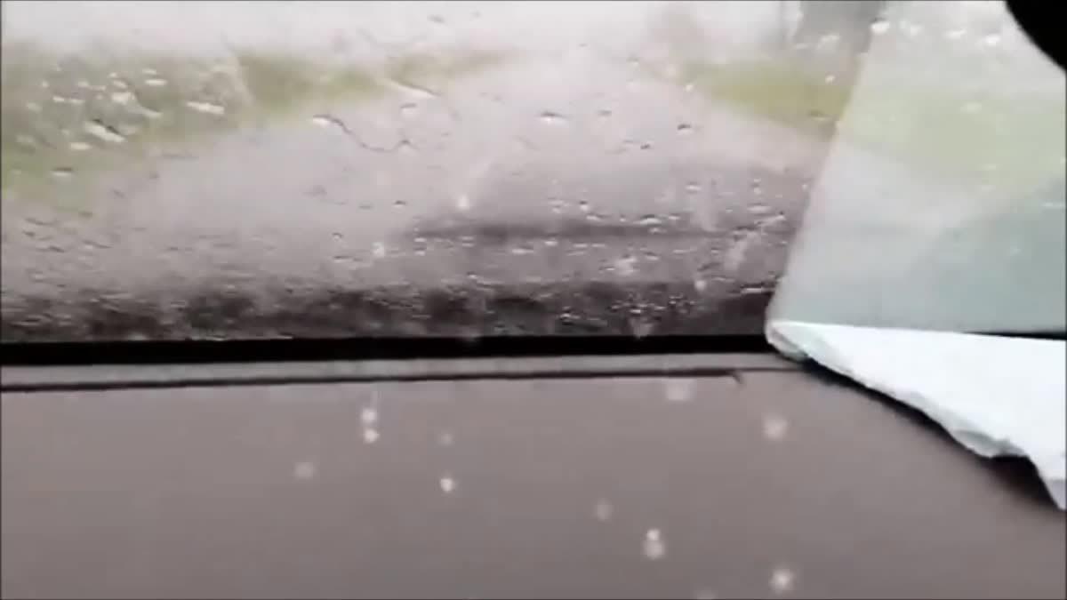 คลิปหนุ่มไลฟ์สดขณะขับรถฝ่าฝนตกหนัก เกิดเสียหลักตกน้ำตาย