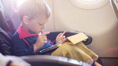 ไขข้อข้องใจ พาเด็กขึ้นเครื่องบิน ต้องเตรียมตัวยังไง