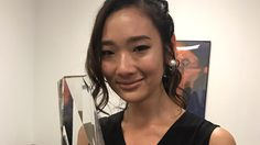 """ยิ้มทั้งน้ำตา ออกแบบ ดีใจได้เป็นนักแสดงไทยคนแรกรับรางวัล """"Screen International Rising Star Asia Award"""""""