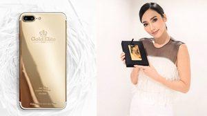 อั้ม พัชราภา อวดโฉม iPhone 7 ทองคำ 24K จาก Gold Elite Paris คนแรกในประเทศไทย!!