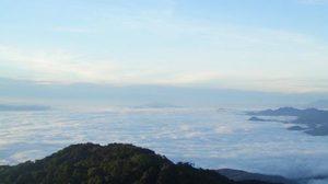 อุตุฯ เผย ไทยตอนบนหนาว อีสานอุณหภูมิลด 2-4 องศา ใต้ฝนหนักบางแห่ง
