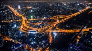 ภาพเมืองหลวงยามค่ำคืน ช่วงเวลาเคอร์ฟิว ท่ามกลางวิกฤตโควิด-19
