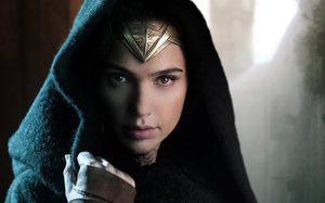 แฟนคลับบางส่วนออกอาการเซ็ง หลังรู้ข่าวหนัง Wonder Woman 1984 เลื่อนฉาย