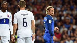 ผลบอล : หมูติดคอ!! ฝรั่งเศส เปิดรังยิงนกตกปลาเจ๊า ลักเซมเบิร์ก โนสกอร์คาบ้าน 0-0
