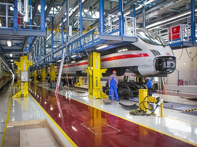 รถไฟความเร็วสูงนำขบวนการพัฒนา ต่อยอดการศึกษา เพิ่มวิชาระบบราง เร่งผลิตบุคลากรป้อนตลาดแรงงานทั้งในประเทศและภูมิภาค