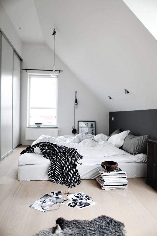 attic-nordic-bedroom-in-black-white-accents