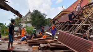 พายุถล่ม จ.ศรีสะเกษบ้านเรือนพัง ผู้ว่าจังหวัดเร่งช่วย