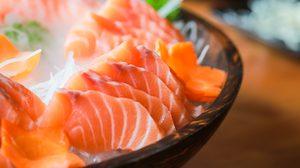 5 ข้อควรรู้ เมื่อคุณตัดสินใจ ทานอาหารสุกๆ ดิบๆ