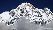 หิมะถล่มในเนปาล ช่วยแล้ว 150 ราย ยังสูญหายอีก 7