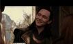 """""""ทอม ฮิดเดิลสตัน"""" พระเอกดาวรุ่งมาดเท่ ทุ่มสุดตัวทุกบท!"""