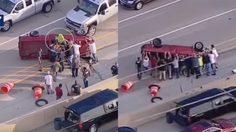 น้ำใจมีอยู่จริง ผู้คนกว่า 10 คน ช่วยพลิกรถที่หงายท้องเพื่อช่วยคนขับ อุบัติเหตุกลางถนน