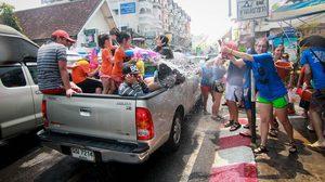 ตำรวจ ยัน สงกรานต์ปีนี้นั่งท้ายรถกระบะได้