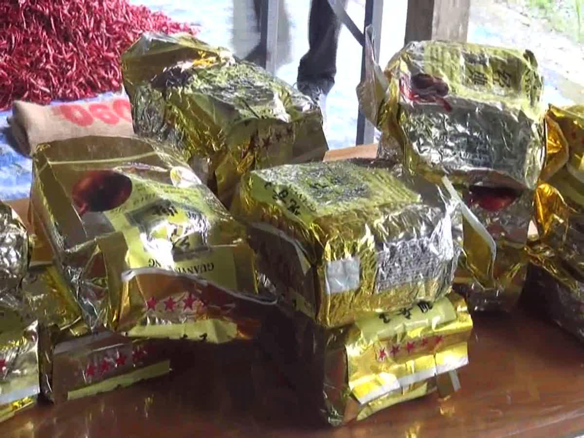 พบรถกระบะดัดแปลงซุกยาไอซ์เกือบ 300 กิโลกรัม จอดทิ้งกลางสวนยาง