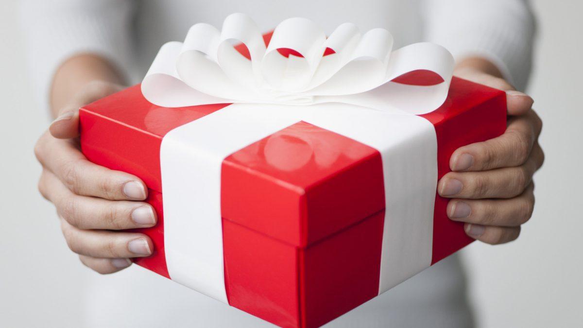 เคล็ดไม่ลับ! เลือกของขวัญอย่างไร? ถูกใจผู้ให้  ถูกโฉลกผู้รับ