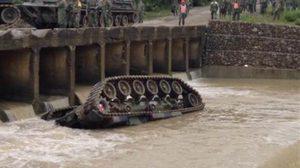 รถถังในไต้หวันลื่นตกแม่น้ำ หลังซ้อมยิง ทหารตาย 4 ศพ