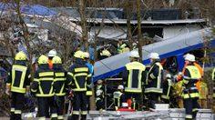 รถไฟเยอรมันชนกัน ตายหลายศพ บาดเจ็บจำนวนมาก