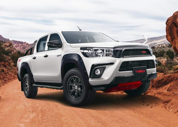 Toyota Hilux Black Rally Edition 2019