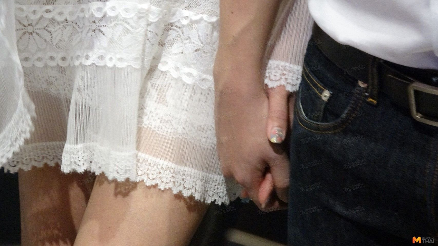 เมย์-เอ็ดดี้ จับมือไม่ปล่อย