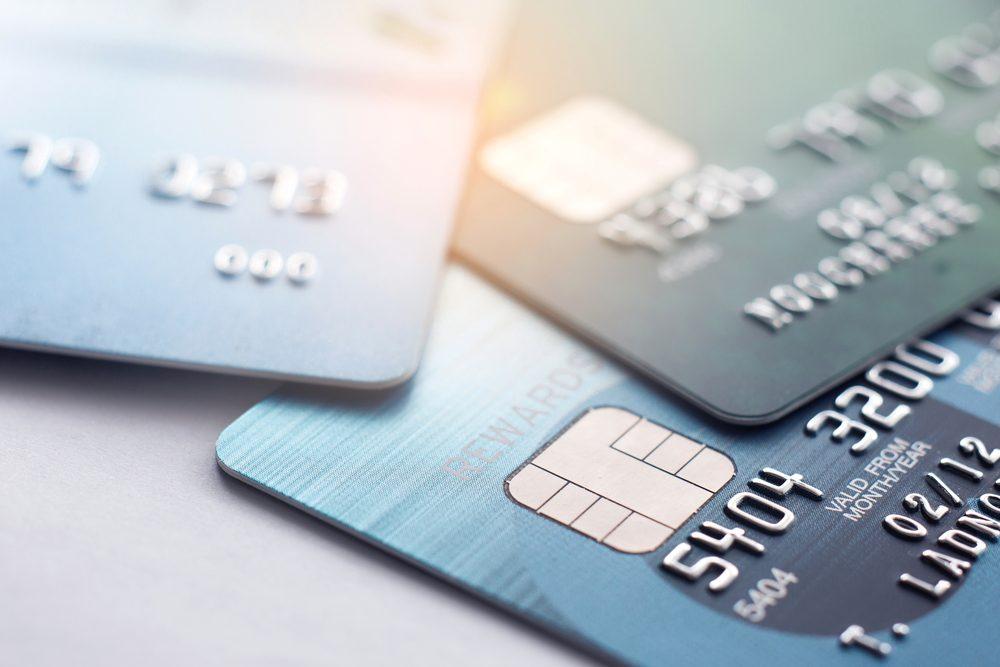 เทียบให้ชัด! บัตรกดเงินสดแตกต่างกับสินเชื่อเงินสดยังไง