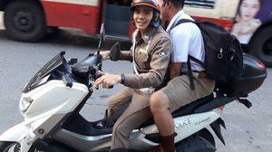 ส่งน้องถึงโรงเรียน โครงการน่ารัก #PoliceShare ของตำรวจจราจร