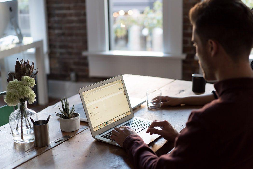 12 หลักสูตรออนไลน์ การลงทุนในหุ้น เรียนฟรี มีใบวุฒิบัตรการันตี