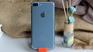 เผยภาพ iPhone 7 Plus สีฟ้าน้ำทะเล พร้อมกล้องเลนส์คู่และ iOS 10